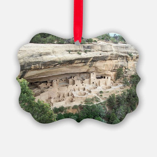 WideCliff Picture Ornament