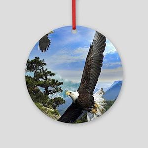 eagles1 Round Ornament