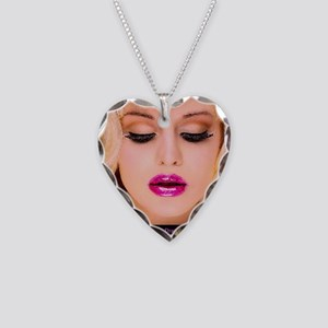 diva1 Necklace Heart Charm