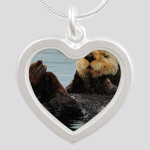 115x9_calender_otter_10 Silver Heart Necklace