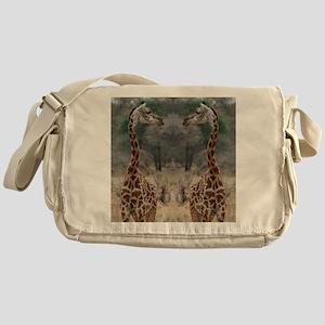 thonggiraffe Messenger Bag