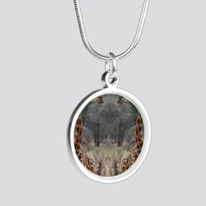 thonggiraffe Silver Round Necklace