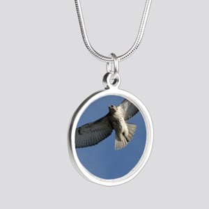 Juv Redtail Tile Silver Round Necklace