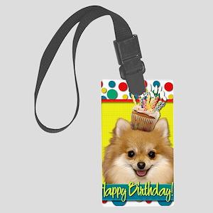 BirthdayCupcakePomeranian Large Luggage Tag