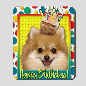 BirthdayCupcakePomeranian Mousepad