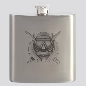 10x10_CD SFUWO WHT Flask
