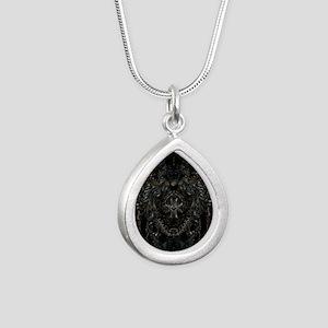 RHframedpanel Silver Teardrop Necklace