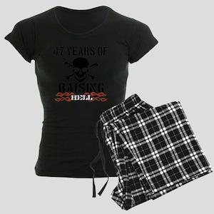 47 Women's Dark Pajamas