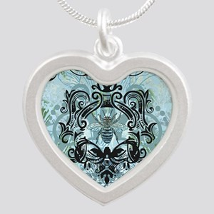 BeeFloralBluQduvet Silver Heart Necklace