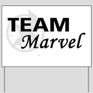 Marvel Magnet Yard Sign