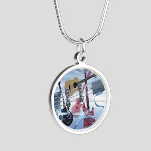 GlassBass Silver Round Necklace