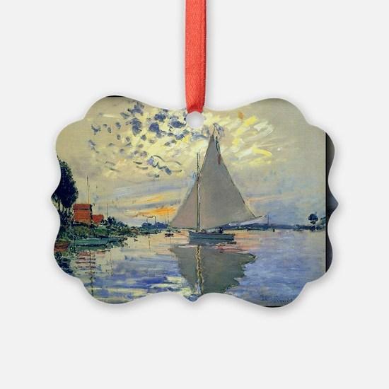 607 Ornament