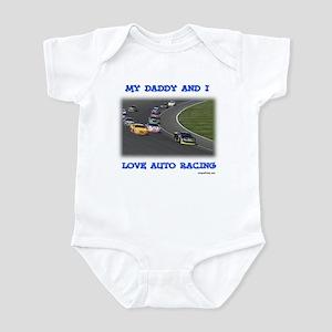 MY DADDY AND I LOVE AUTO RACI Infant Bodysuit