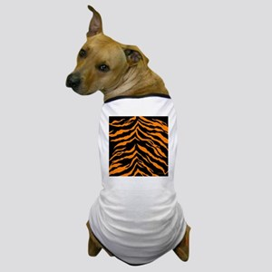 showercurtainorangetiger Dog T-Shirt