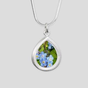 forgetmenotcrop Silver Teardrop Necklace
