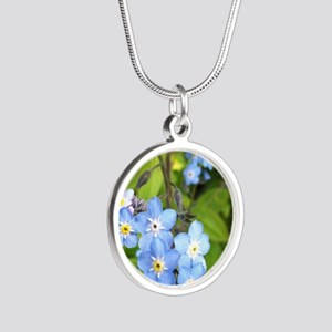 forgetmenotcrop Silver Round Necklace