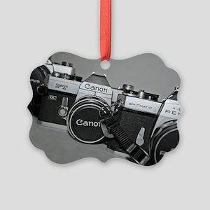 triosideway Picture Ornament