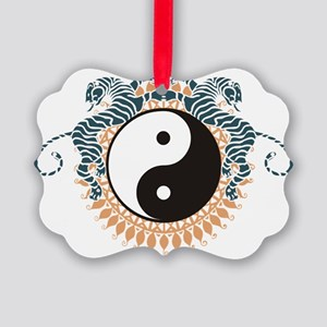tai24ght Picture Ornament