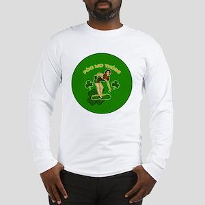 KISS-MY-ASS-BUTTON Long Sleeve T-Shirt