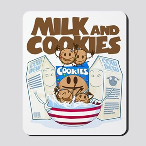 Milk_and_cookies Mousepad