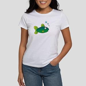 """""""Green Fish"""" Women's T-Shirt"""