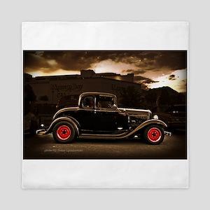 1932 Black Ford 5 Window Queen Duvet