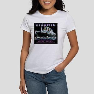 TG9WineLabelPlain Women's T-Shirt