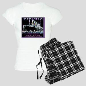 TG9WineLabelBorderB Women's Light Pajamas
