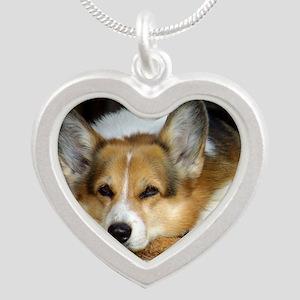 Welsh Corgi Pembroke 9R022-0 Silver Heart Necklace