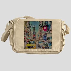 NY_10x10_TimesSquare Messenger Bag