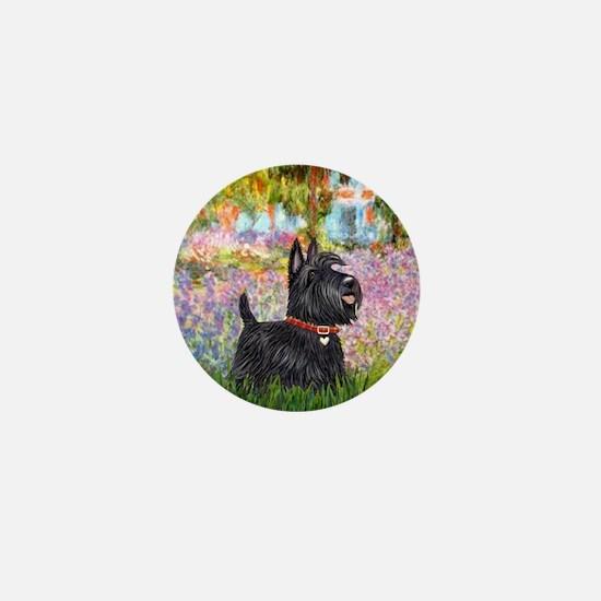 Garden-Scottish Terrier Mini Button