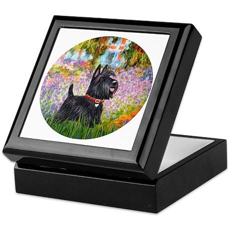 Garden-Scottish Terier Keepsake Box