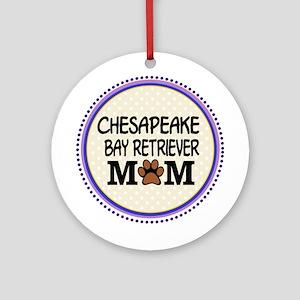 Chesapeake Bay Retriever Mom Ornament (Round)