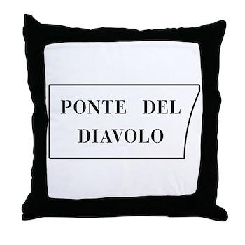 Ponte del Diavolo, Venice (IT) Throw Pillow