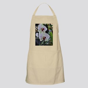 Lightly Veined Orchid Apron