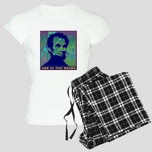 ABE IN THE GRASS Women's Light Pajamas