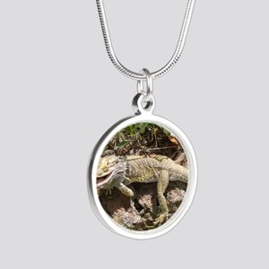 Spiny the Lizard Smiling Silver Round Necklace