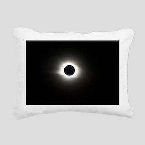 Total solar eclipse, 1/8 Rectangular Canvas Pillow