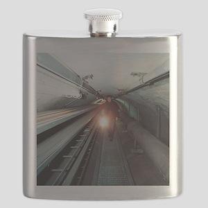 Quantum entanglement tunnel Flask