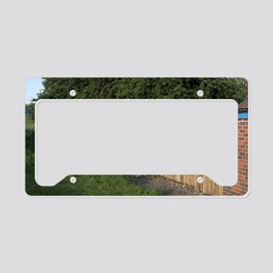 Noise-reducing fence License Plate Holder
