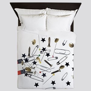 Magnet attracting ferromagnetic object Queen Duvet