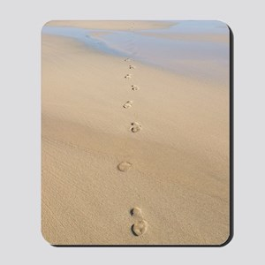 Footprints in sand Mousepad