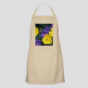 Cranesbill and Iceland poppy flowers Apron