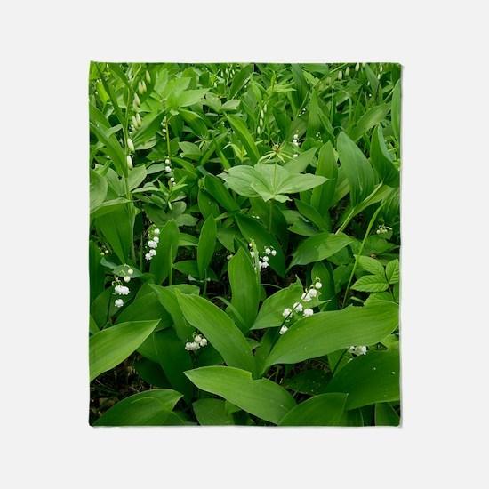 Woodland plants, Estonia Throw Blanket