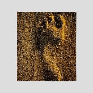 Footprint in sand Throw Blanket