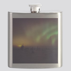 Aurora borealis display with setting Moon Flask