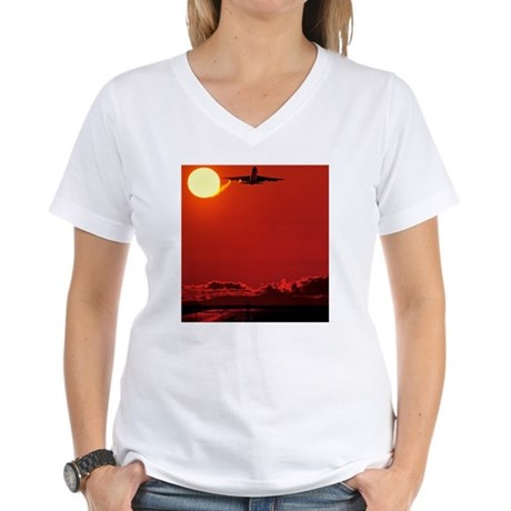 Boeing 747 taking off at su Women's V-Neck T-Shirt