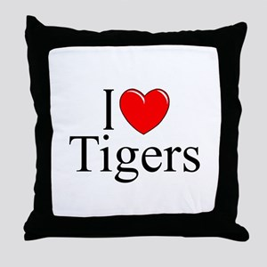 """""""I Love (Heart) Tigers"""" Throw Pillow"""