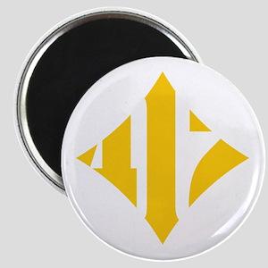 412 White/Gold-W Magnet