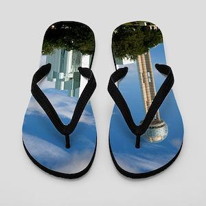Reunion Tower Hyatt   TGP_6314 Flip Flops